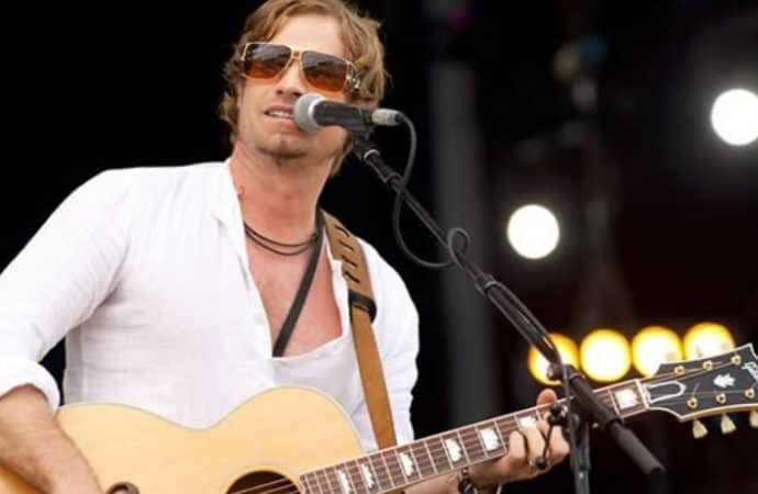 Arno Carstens To Headline Heather Waters Benefit-Gala