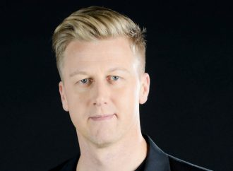 "Gareth Cliff Launches ""Unradio"""